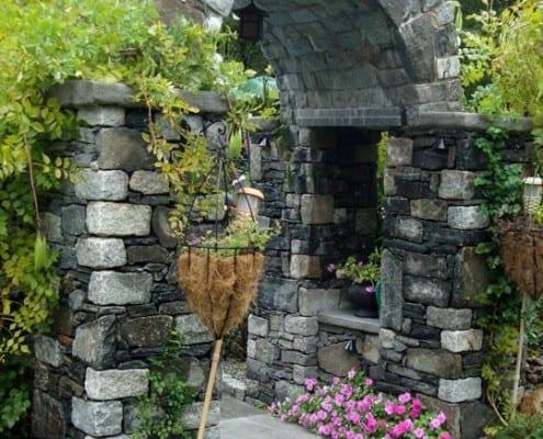 stone pillars ri